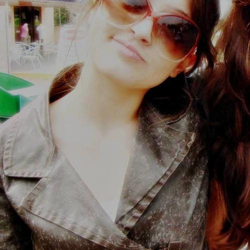 Karla Rech's avatar