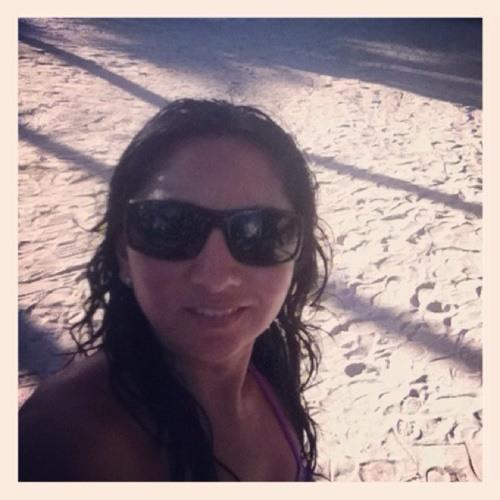 Daniela Gonzalez Q's avatar