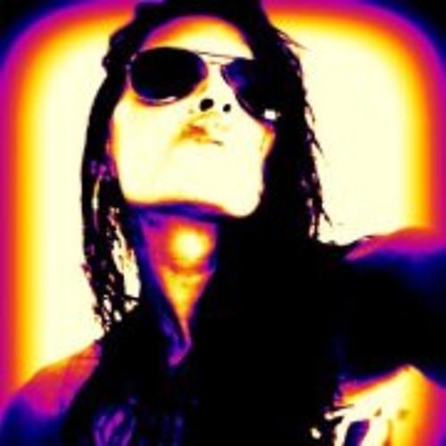 Loli Romero's avatar