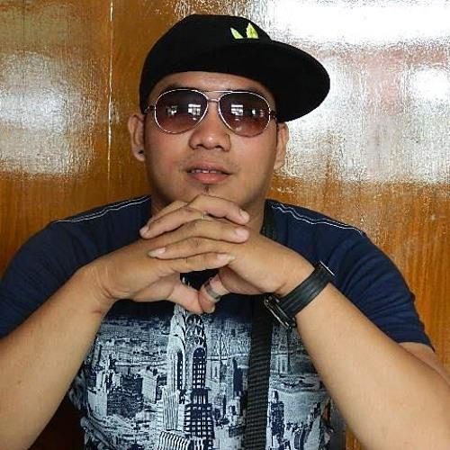 Dheejay@14's avatar