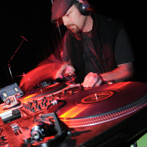 DJ ZEPH's avatar
