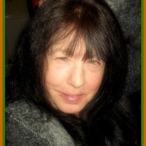 Caitlin Clairvoyant's avatar