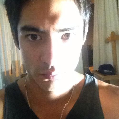 Jorge Uyén's avatar