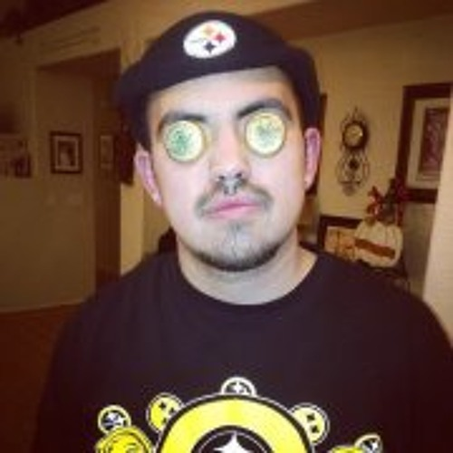 Estevan Sanchez 2's avatar