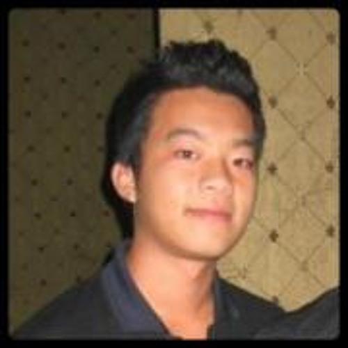 Vuong Hoai's avatar