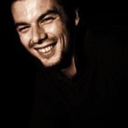 Antoine Montagne's avatar