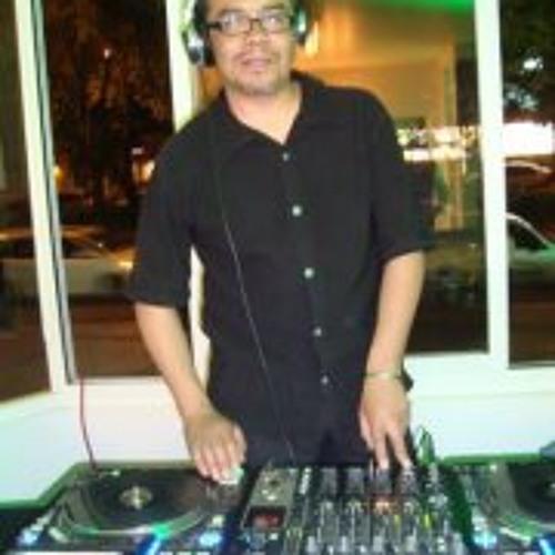 Luis Sanchez 147's avatar