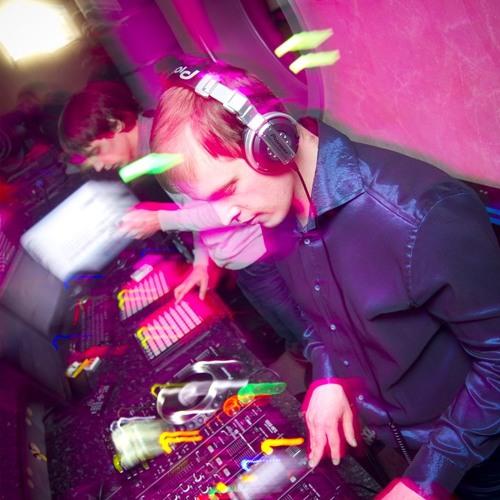 DJ DIAL (Dima South)'s avatar