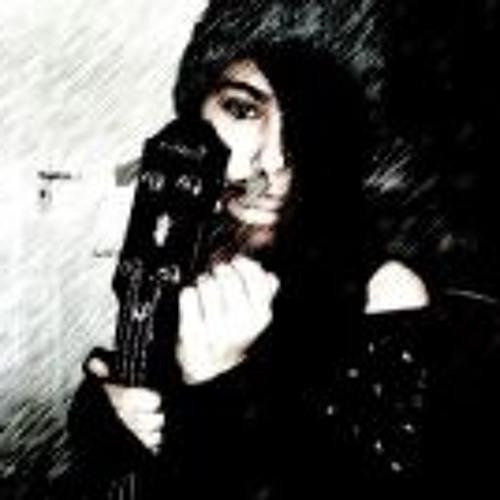 Yasmine Tai's avatar