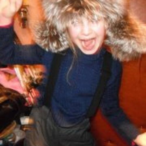 Justine Zelenova's avatar