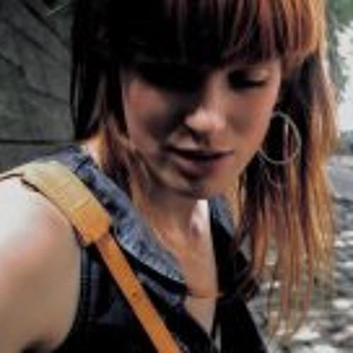 Joannie's avatar
