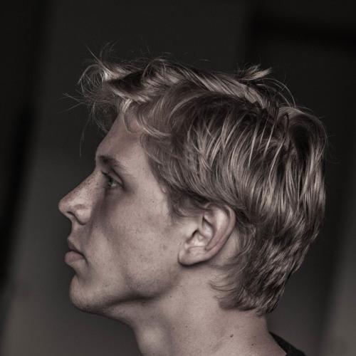 Isak Hassbring's avatar