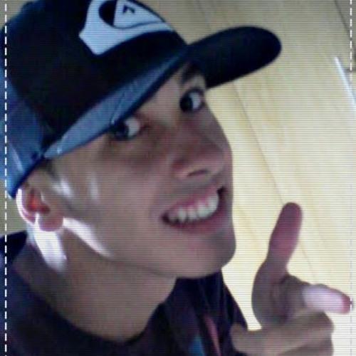 Thonzinhow's avatar