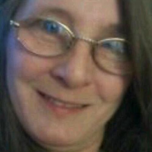 Linda Robidoux Edmonds's avatar