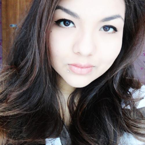 Sara Emmilly's avatar
