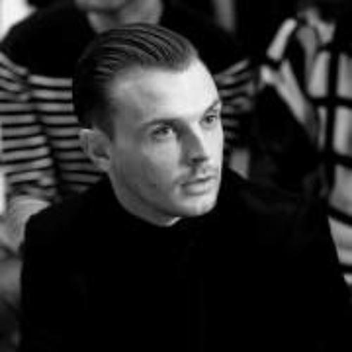 Theo Hutchcraft's Ring's avatar