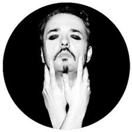 Luke Dave's avatar