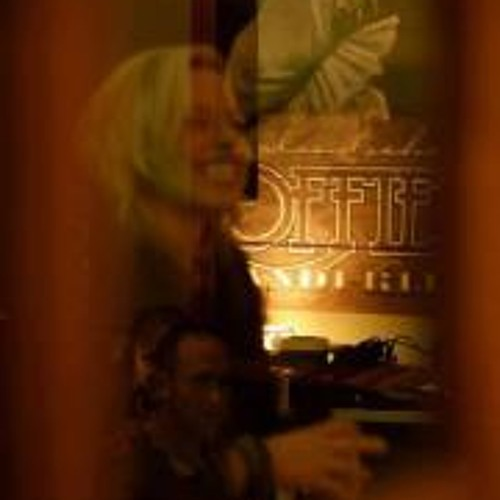 Jackie Huntjens's avatar