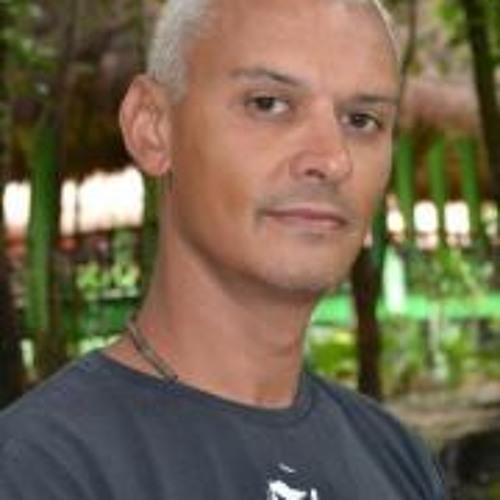 Neil Smith 33's avatar