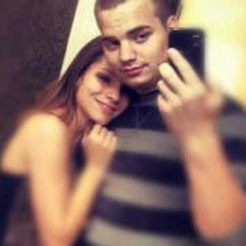 Brandon Victoria Lanier's avatar