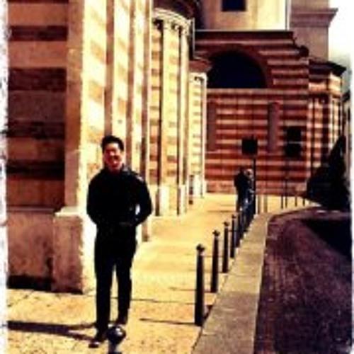 Miki Fuentes's avatar