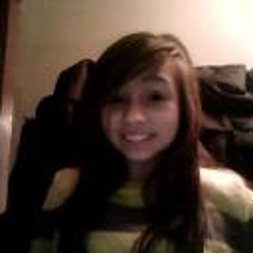 Nadia Riley's avatar