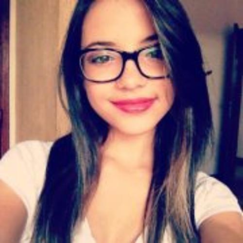 Larissa Paiva 4's avatar