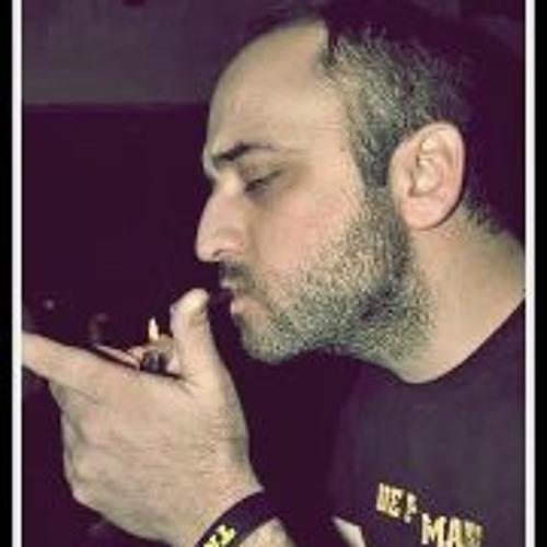 Cris Pavlidhs's avatar