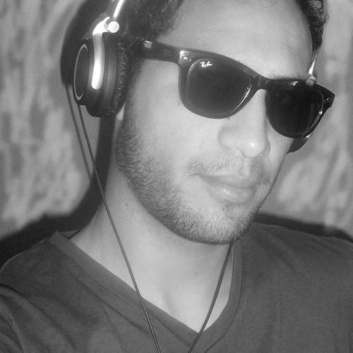 Mohaymen Moumouvic's avatar