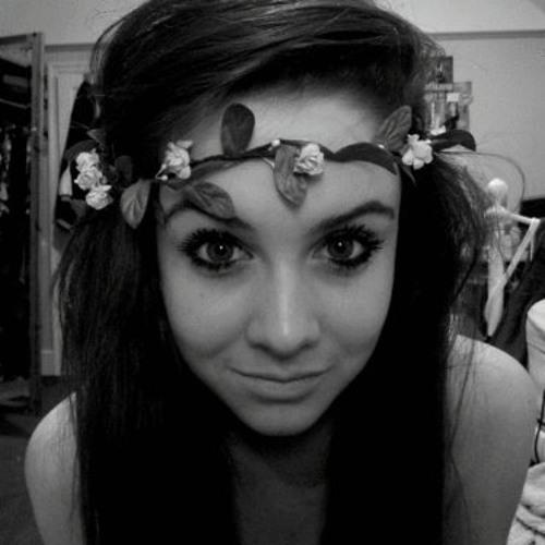 Chloe Suckeveras's avatar