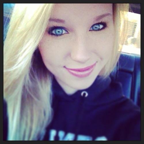 Cassie Dockstader's avatar