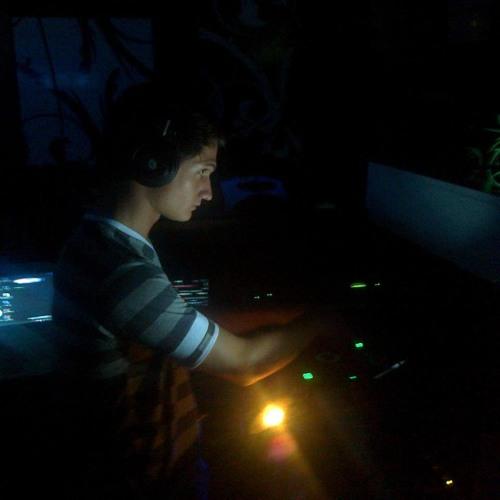 Dj Nik.O in the house's avatar