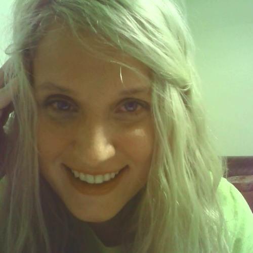 Juna Clifton's avatar