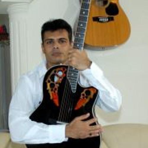 noelgama's avatar