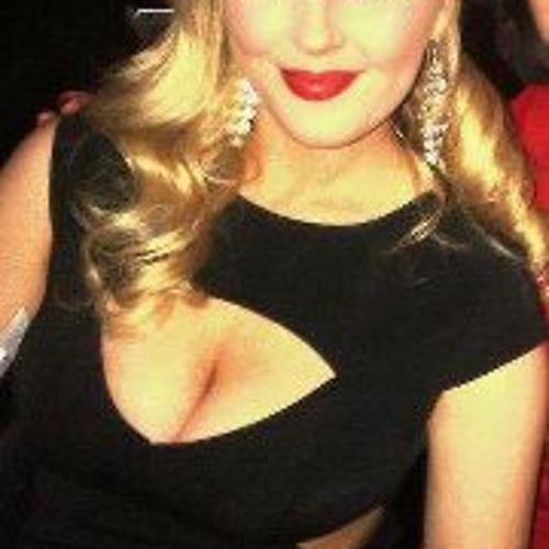 Danielle Boyle 2's avatar