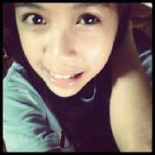 Trisha Mae Auro's avatar