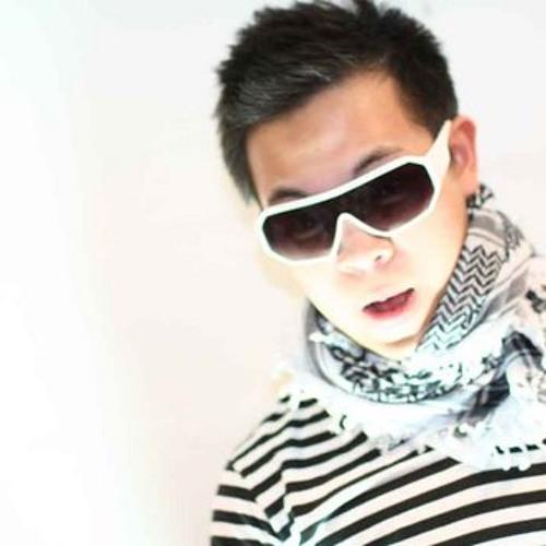 Larry Walangitan's avatar