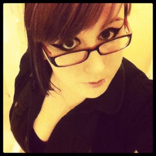 Mimi Travers's avatar