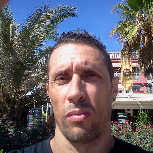 Joe kaar's avatar