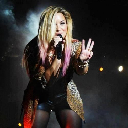 lovatobiatch's avatar