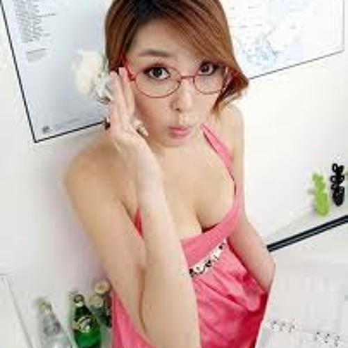 sweetsabrina's avatar