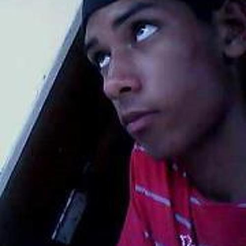 Luan Amorim's avatar