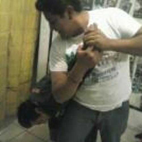 Carlos Cruz 102's avatar