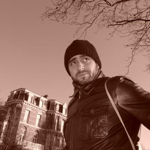Luciano Rahal's avatar