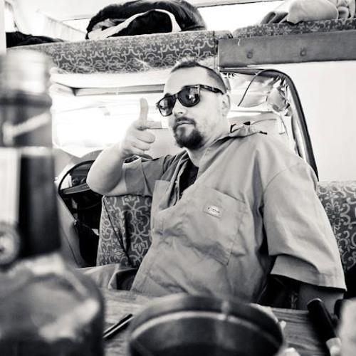 cuzzin daddy's avatar
