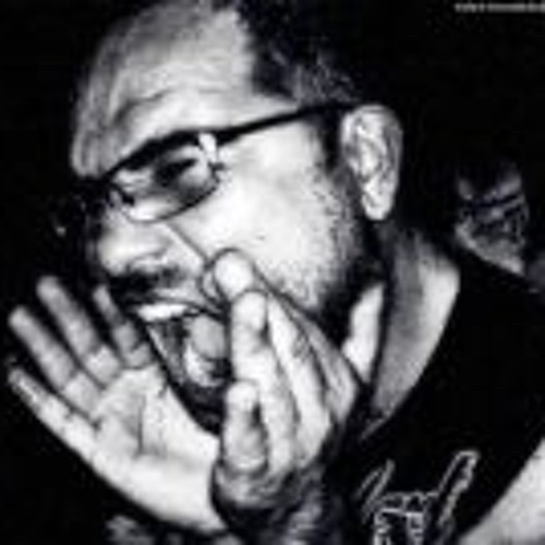 Leandro Bellek's avatar