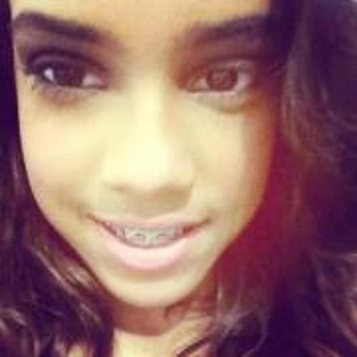 Mariana Rosa 11's avatar
