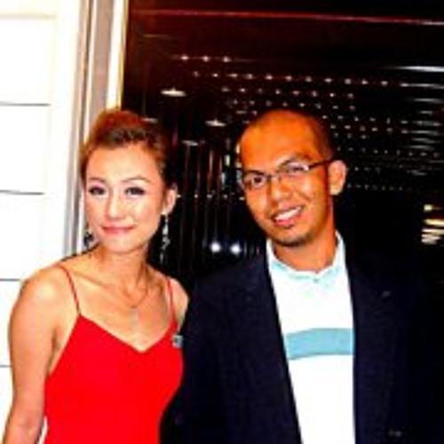 Yam Tengku's avatar