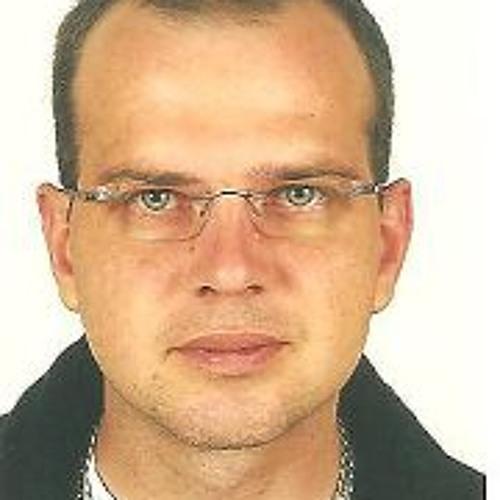 Rene Kuppe's avatar