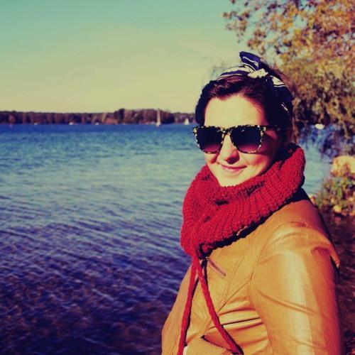 Nika Li's avatar